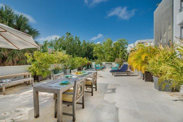 421-Meridian-Ave-Unit-4-Miami-large-003-1-Terrace-1500x1000-72dpi-600x400