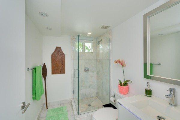 421-Meridian-Ave-Unit-4-Miami-large-007-3-Bathroom-1500x1000-72dpi-600x400