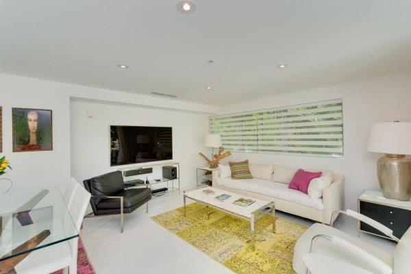 421-Meridian-Ave-Unit-4-Miami-large-010-5-Living-Room-1500x1000-72dpi-600x400