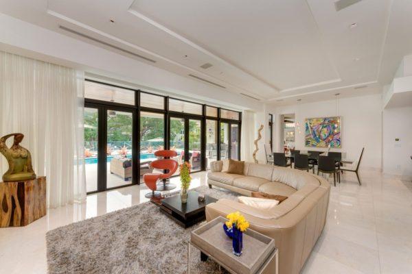810 Jeronimo Dr Coral Gables-large-005-22-Living Room-1499x1000-72dpi