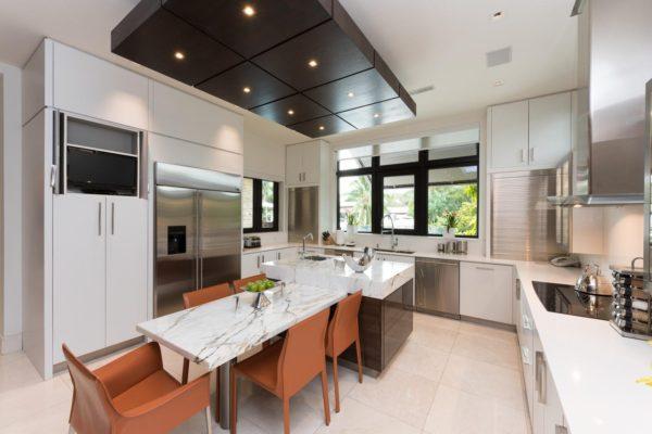 810 Jeronimo Dr Coral Gables-large-016-13-Kitchen-1498x1000-72dpi