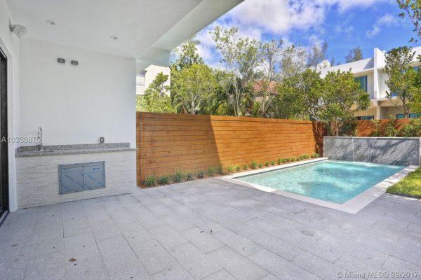Jost Sold: 2979 Jackson Avenue in Coconut Grove