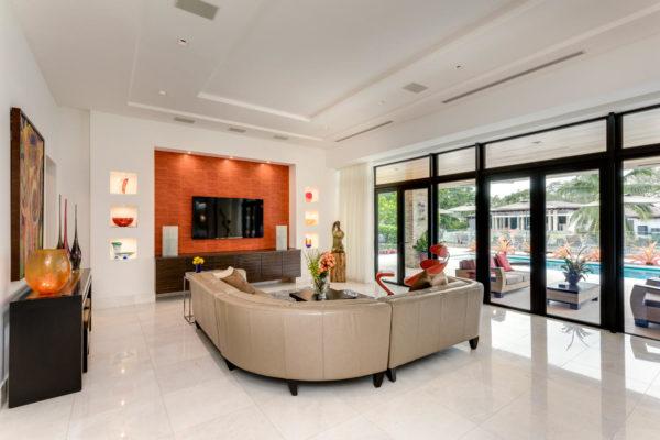 810 Jeronimo Dr Coral Gables-large-006-19-Living Room-1499x1000-72dpi