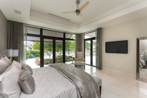 810 Jeronimo Dr Coral Gables-large-023-23-Master Bedroom-1499x1000-72dpi